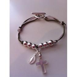 bracelet communion croix en nacre et vierge