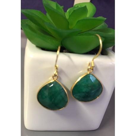 BOUCLE D'OREILLES PLAQUE OR quartz vert forme dormeuse